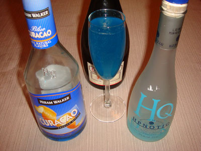 HQ / Hpnotiq Champagne Cocktail Recipes