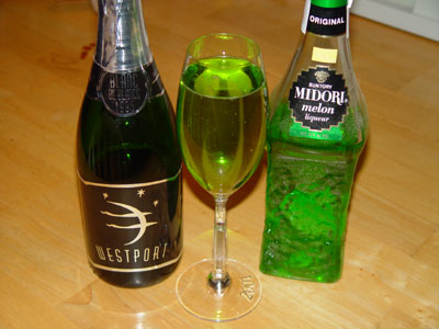 Green Champagne Cocktail Recipe