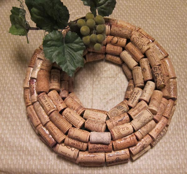 Gallery for wine cork wreath - What to make with wine corks ...